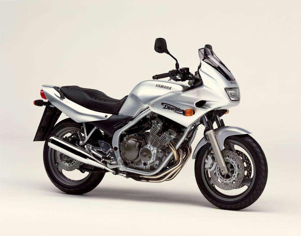 Yamaha XJ6 Diversion Première Génération